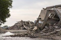 Bâtiments en béton effondrés Photo libre de droits