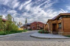 Bâtiments en bois à la vieille ville, Iakoutsk, Russie Photos stock