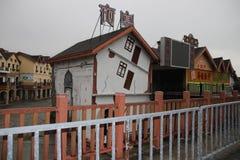 Bâtiments le long de la rue de Wulong Karst, Chongqing, Chine Image stock