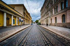 Bâtiments le long de Snellmaninkatu à Helsinki, Finlande Photos libres de droits