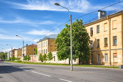 Bâtiments provinciaux de Gubernskiye sur la rue de Makarovskaya dans Kronstadt, Russie Image stock