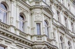 Bâtiments résidentiels dans le style d'Art nouveau Photographie stock