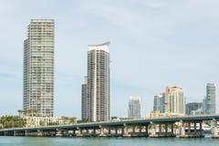 Bâtiments résidentiels sur Miami Beach Photo stock