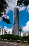 Bâtiments reflétés ayant beaucoup d'étages à Brisbane Images libres de droits