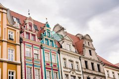Bâtiments sur la place médiévale du marché à Wroclaw, Pologne photo stock