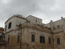 Bâtiments typiques au centre de Lecce, Puglia, Italie du sud photographie stock libre de droits