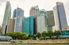 Bâtiments urbains modernes d'horizon de Singapour image libre de droits