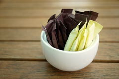 Bâtons de Brown et de sucre blanc Photo libre de droits