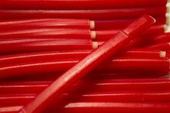 Bâtons de sucrerie assaisonnés par fraise Image stock