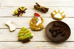 Bâtons doux de pain d'épice et de cannelle de Noël Image libre de droits