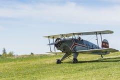 BÃ ¼ cker BÃ ¼ 133 Jungmeister双翼飞机开始 库存图片