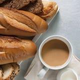 Bäckerei, die gesundes Lebensmittel anredet Stockfoto