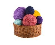 Bälle farbige Threads lokalisiert auf weißem Hintergrund Stockbild