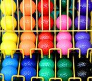 Bälle im Dutzend in den Reihen Lizenzfreie Stockfotografie