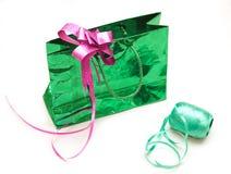 Bänder und Papier für Geschenk Lizenzfreies Stockbild