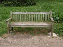 Bänk i parkera i London Royaltyfria Bilder