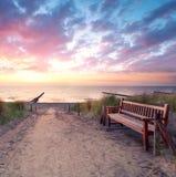 Bänk på stranden Royaltyfria Bilder