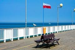 bänk som förbiser havet Royaltyfria Bilder