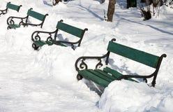 Bänkar i vinter Fotografering för Bildbyråer