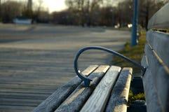 bänkboardwalk Fotografering för Bildbyråer