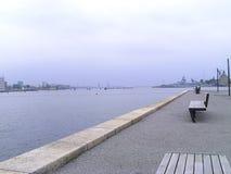 Bänke an Kopenhagen-Hafen Lizenzfreies Stockbild