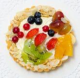 bär bakar ihop frukt royaltyfria bilder