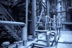 bär för maskineristycken för den olika fabriken den industriella inre plattformen till använt trans Arkivbild