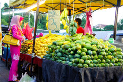 Bär frukt affärsmannen Royaltyfria Foton