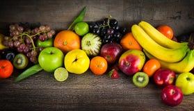 Bär frukt allt tillsammans Arkivfoton