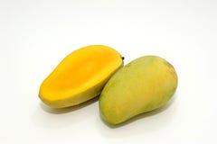 bära fruktt mango Royaltyfri Fotografi