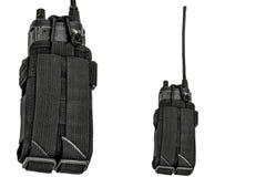 Bärande vapenfall: militärt taktiskt kassettbälte för pouc royaltyfri bild