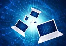 Bärbara datorer med glödande diagram Royaltyfria Foton
