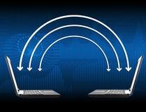 Bärbara datorer med pilar och diagram Royaltyfria Foton