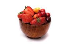 Bärkött, körsbär, söta körsbär, jordgubbar Royaltyfri Fotografi