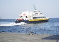 bärplansbåt arkivbild