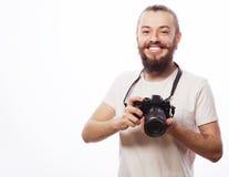Bärtiger Mann mit einer Digitalkamera Stockfotografie