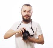 Bärtiger Mann mit einer Digitalkamera Lizenzfreie Stockfotos
