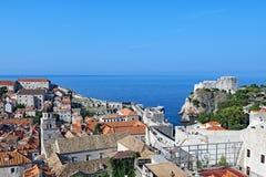 Bästa basket för tak i Dubrovnik den gamla staden arkivbild