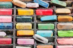 Bästa sikt av använda konstnärliga torra pastell Fotografering för Bildbyråer