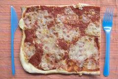 Bästa sikt av delen av margheritapizza Fotografering för Bildbyråer