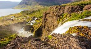 Bästa sikt av den Dynjandifoss Dynjandi vattenfallet, juvlar av Westfjordsen, Island Den största vattenfallet i Westfjords Royaltyfri Bild