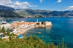 Bästa sikt av den gamla staden i Budva, Montenegro Arkivfoto