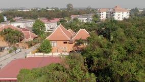 Bästa sikt av den gamla staden med röda orange belade med tegel tak av hus Privata hus med orange tak pattaya thailand arkivfilmer