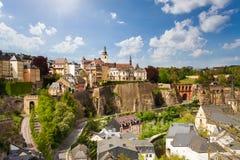 Bästa sikt av den härliga Luxemburg staden arkivbilder