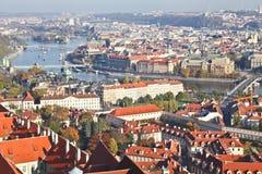 Bästa sikt av den Prague staden Arkivfoton
