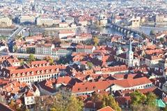 Bästa sikt av den Prague staden Arkivbild
