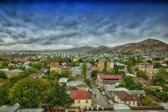 Bästa sikt av den Shamakhi staden Bakgrundsnatur Azerbajdzjan Royaltyfria Bilder