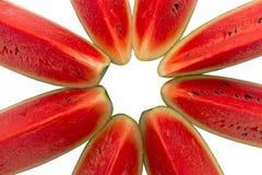 Bästa sikt av den skivade vattenmelon, på vit bakgrund Royaltyfri Bild
