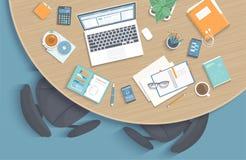 Bästa sikt av det moderna stilfulla runda träskrivbordet i regeringsställning, stolar, kontorstillförsel, bärbar dator, mapp stock illustrationer