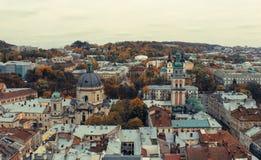 Bästa sikt av domkyrkan i Lviv Arkivfoton